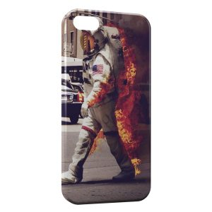 Coque iPhone 5/5S/SE Astronaute & Fire
