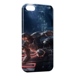 Coque iPhone 5/5S/SE Red Robot Above the City
