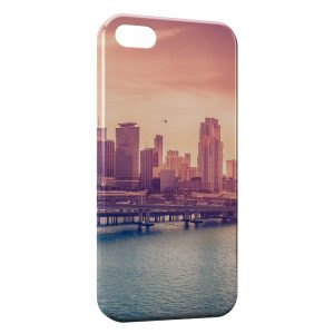 Coque iPhone 5C City Vintage Art
