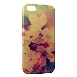 Coque iPhone 5C Fleurs Vintage