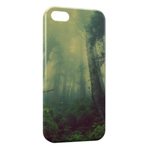 Coque iPhone 5C Magic Forest