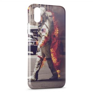Coque iPhone X & XS Astronaute & Fire