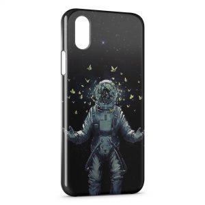 Coque iPhone X & XS Astronaute et Papillons