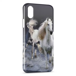 Coque iPhone X & XS Chevaux Blancs Water