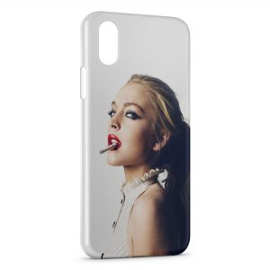 Coque iPhone X & XS Girl & cigarette