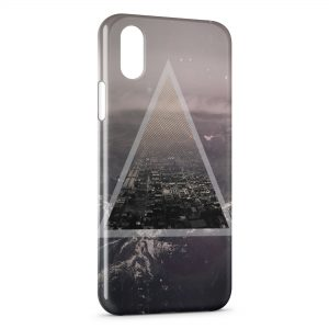 Coque iPhone X & XS Pyramide City 2
