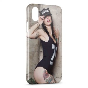 Coque iPhone X & XS Sexy Girl Casquette