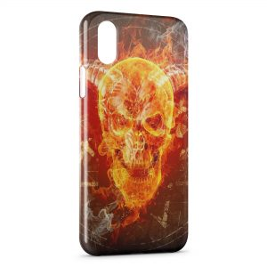 Coque iPhone X & XS Tete de mort in Fire
