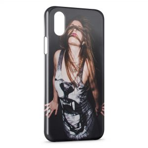 Coque iPhone X & XS Tiger T-shirt Girl