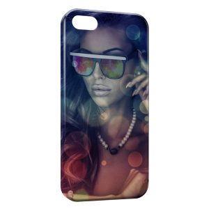 Coque iPhone 4 & 4S Girl & Glasses