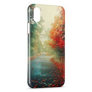 Coque iPhone XR Automne Tree