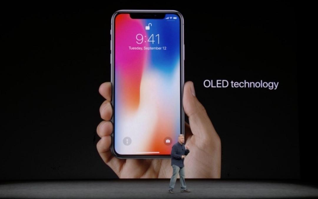 À cause de l'iPhone X, Samsung a du stock d'écrans Oled sur les bras